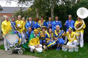 Foto's 2011 Lutjhebroekerblaasband